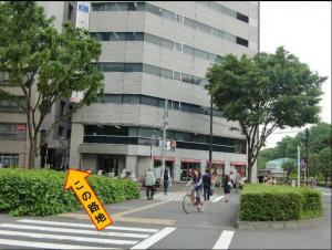 新宿駅南口からの道案内−5