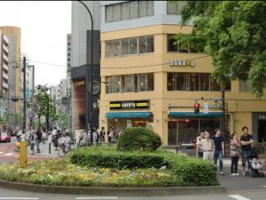 新宿三丁目駅からの道案内ー5